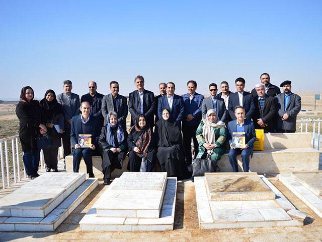 گزارش تصویری از آرامگاه دکتر ابوالقاسم بختیار و هلن جفریز توس بخش ۱